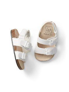 ab8a3e5e935 Gap Baby Double-Buckle Sandals White Zapatos Para Bebe Niña, Moda Para Bebes ,
