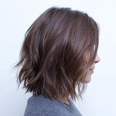 70 Fabulous Choppy Bob Hairstyles Messy Bob With Jagged Ends Related posts:Shampoo selber Hochzeitstorte Trends: 25 Tropfen Gorgeous Medium Length Hairstyles For Women - Claire C. Hairstyles Haircuts, Cool Hairstyles, Hairstyle Ideas, Curly Haircuts, Hair Cut Ideas, Classic Hairstyles, Layered Haircuts, Short Hairstyles For Women, Bob Hairstyles How To Style
