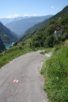 Road to Panadigh