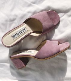 Vintage Suede Mule Sandals Slight Wear, Overall in. Prom Shoes, Buy Shoes, Me Too Shoes, Mule Sandals, Shoes Sandals, Walk In My Shoes, Pretty Shoes, Types Of Shoes, Shoe Collection