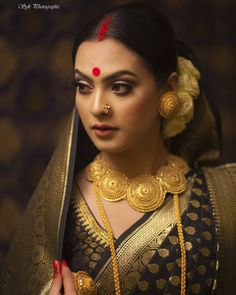 Indian Wedding Bride, Indian Wedding Jewelry, Bengali Wedding, Indian Bridal Photos, Indian Bridal Fashion, Bridal Looks, Bridal Style, Bengali Jewellery, Bridal Jewellery