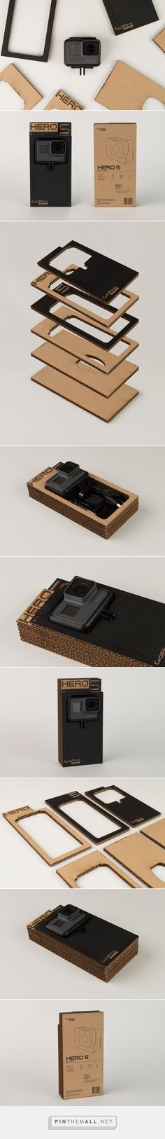 GoPro: Sustainable packaging design concept by Brandon Fretwell - http://www.packagingoftheworld.com/2017/11/gopro-sustainable-packaging.html