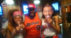 We met up at Hooters before the Wizards game for some wings, curly fries, and big mugs of beer. Here's what happened.