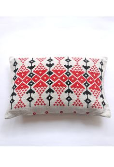 Vintage Folk Cushion II