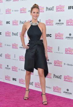 Jennifer Lawrence Sparkles in Sylva