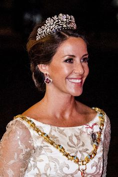 Princess Marie of Denmark looked absolutely breathtaking in a crimsom coloured gown and a glittering tiara as she attended a Royal Crowns, Royal Tiaras, Tiaras And Crowns, Royal Wedding Gowns, Denmark Fashion, Princess Marie Of Denmark, Danish Royalty, Danish Royal Family, Royal Jewelry