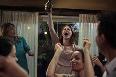 Grey's Anatomy - April Kepner (Sarah Drew) and Meredith Grey (Ellen Pompeo) Greys Anatomy April, Grays Anatomy Tv, Grey's Anatomy, April Kepner, Sarah Drew, Meredith Grey, April Showers, Me Tv, Funny Pictures