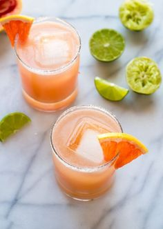 A fun, flirty twist on a classic margarita recipe! These light and refreshing pink grapefruit margaritas are perfect for any party or celebration! Party Drinks, Cocktail Drinks, Fun Drinks, Cocktail Recipes, Healthy Cocktails, Classic Margarita Recipe, Margarita Recipes, Smoothie Recipes, Smoothies