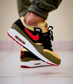 Air Max Sneakers, Sneakers Nike, Air Max One, Nike Shoes Outlet, Nike Air Max, Shop Now, Kicks, Mens Fashion, Crepes