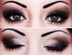 Schöne Augen von einer Frau. :-)