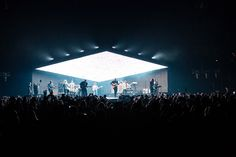 Nathan Paul Taylor designed the production and lighting design for Hillsong United's international 2016 Empires Tour, which wrapped up in July. Stage Lighting Design, Stage Set Design, Church Stage Design, Bühnen Design, Booth Design, Event Design, Concert Stage Design, Concert Lights, Stage Decorations