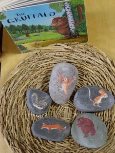 "A few activities linked with the story, 'The Gruffalo', for the Early Years classroom - from Rachel ("",) Activities For Kindergarten Children, Gruffalo Activities, Gruffalo Party, The Gruffalo, Preschool Activities, Gruffalo Trail, Learning Activities, Gruffalo's Child, Early Years Classroom"