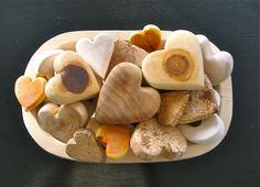 wooden hearts handmade by Marianne Etienne