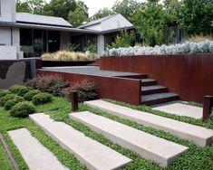 garten hang gestalten hanglage treppen bepflanzung stein, Gartenarbeit ideen