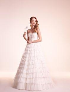 Bridal Gowns: Alita Graham A-Line Wedding Dress with Sweetheart Neckline and Basque Waist Waistline