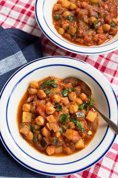 Harrisa Chickpea Potato & Eggplant Stew from Parsley In My Teeth #vegan #vegetarian #glutenfree