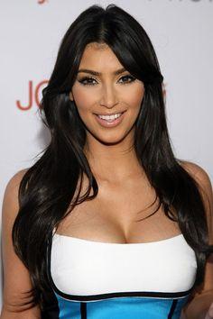 Look Kim Kardashian, Kardashian Beauty, Kardashian Photos, Celebrity Wigs, Celebrity Hairstyles, Human Hair Lace Wigs, Remy Human Hair, Remy Hair, Style Feminin