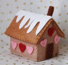 Maison en pain d'épices en feutrine