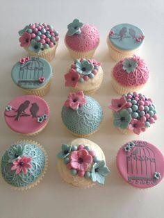 Pink & Blue Cupcakes