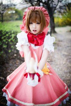 Update May 17, 2013. Tomia cosplaying as 'Sakura Kinomoto' from the animé/manga Cardcaptor Sakura.