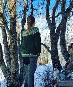 #strikk #knitting #lettlopi #sweather Turtle Neck, Knitting, Sweaters, Fashion, Moda, Tricot, Fashion Styles, Breien, Stricken