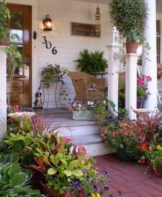 Having a front yard is definitely something to appreciate and to take advantage of. The front yard is like a magical garden through which guests #FrontYardDesigns #GorgeousFrontYardDesigns #FrontYardLandscapingDesigns