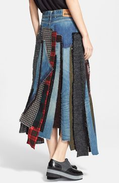 New Denim Patchwork Diy Junya Watanabe Ideas Mode Tartan, Jeans Recycling, Elisa Cavaletti, Denim Skirt, Denim Overalls, Denim Ideas, Denim Patchwork, Jeans Rock, Recycled Fashion