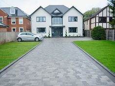 Paramount Paving - block paving DRIVEWAYS in Kent - Essex - London Front Driveway Ideas, Block Paving Driveway, Modern Driveway, Driveway Design, Driveway Landscaping, Stone Driveway, House Extension Plans, House Extension Design, House Front Design