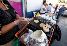 En Los Angeles Gobierno Local Aprueba Que Inmigrantes Trabajen Como Buhoneros En Las Calles