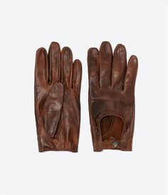 Image 1 of PERFORATED LEATHER DRIVING GLOVES from Zara