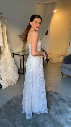 Max Azria, Bride, Formal Dresses, Collection, Fashion, Formal Gowns, Bridal, Fashion Styles, Wedding Bride