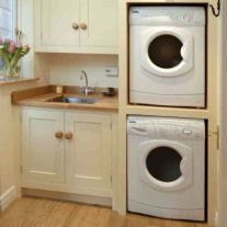 Who says that having a small laundry room is a bad thing? These smart small laundry room design ideas will prove them wrong. Small Utility Room, Utility Room Designs, Small Laundry Rooms, Laundry Room Organization, Laundry Storage, Laundry Room Design, Small Storage, Closet Storage, Storage Ideas