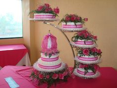 Los Mejores Pasteles Wedding Cake Stands, Wedding Cakes, Cake Platter, Sweet 15, Candy Table, Candle Wall Sconces, Cakes And More, Quinceanera, Cake Decorating