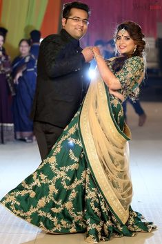 """Sudhanshu & Pragya ( Portrait Album )"" album of Photographer Weddinsta Pictures in Amritsar Indian Wedding Poses, Indian Wedding Couple Photography, Couple Photography Poses, Indian Wedding Outfits, Bengali Wedding, Bridal Photography, Indian Bridal, Couple Wedding Dress, Wedding Couple Photos"