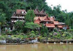 Wat Tham Khao Wong : Uthaithani, Thailand