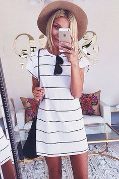 Really like this dress. Not sure about the hat. May try it though
