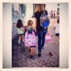 """#DianaPereira no primeiro dia de #aulas da filha Mel: """"Dá para acreditar 1.º Ano m baby"""""""
