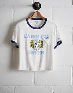 de590aa79e4 Tailgate Women s North Carolina Pocket T-Shirt - Free Returns Unc Tarheels