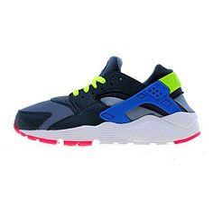 separation shoes 44e77 6190d Nike Air Huarache Junior   JD Sports