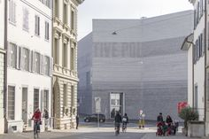 Gallery of Christ & Gantenbein's Kunstmuseum Basel Photographed by Laurian Ghinitiou - 25