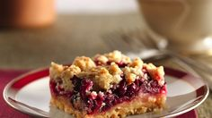 Need to try these- another pinner wrote--Celebrate the season with cranberry bars! They're super easy to make and can be cut into mini squares, just right for a dessert tray. Cranberry Bars, Cranberry Recipes, Holiday Recipes, Cranberry Sauce, Cranberry Crunch Recipe, Holiday Treats, Christmas Recipes, Köstliche Desserts, Delicious Desserts