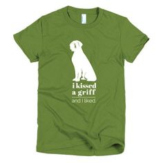 GRIFF KISS tee. Wirehaired Pointing Griffon tee. Check other colors at boesarts.com