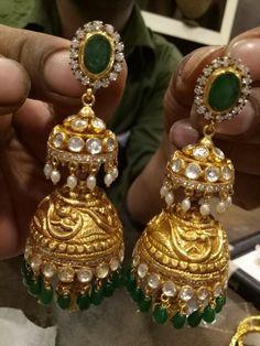 Emerald Pendant with Bangles and Jhumkas Gold Jhumka Earrings, Jewelry Design Earrings, Gold Earrings Designs, Gold Jewellery Design, Ear Jewelry, Jewlery, Diamond Earrings, Indian Wedding Jewelry, Indian Jewelry