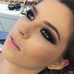 Make linda!! Olho super marcado! Por @laianemakeup #makeup #maisonsubeauty #subeautymaison #subeautynoivas #olhomarcado by subeautymaison http://ift.tt/1X1BuhB