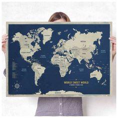 Pôster Mapa-múndi azulado com 220 pins-adesivos em duas cores para marcar viagens.  84,1x59,4cm
