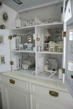 21 Doll Houses That Will Unleash Your Inner Child. I Want To Live In #6. #dolls