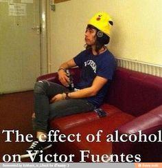 Vic Fuentes everyone