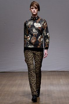 Clements Ribeiro Fall 2013 Ready-to-Wear Collection Slideshow on Style.com