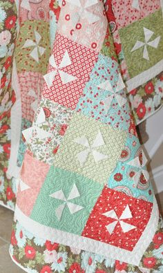Amy Made That! ...by eamylove: Pinwheels for August - Across the Pond Sew Along