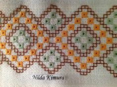 Neşe'nin gözdeleri Hardanger Embroidery, Hand Embroidery Stitches, Needlepoint Stitches, Needlework, Bordado Tipo Chicken Scratch, Saree Painting, Straight Stitch, Cross Stitch Flowers, Christmas Cross
